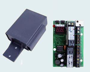 Радиоприемник четырехканальный ZSP 4 B  во влагозащищенном корпусе с антенной.